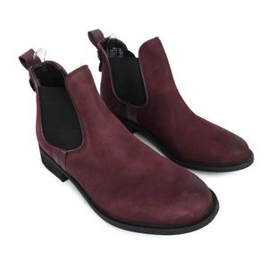 Steve Madden Gilte Chelsea Bootie Leather Suede